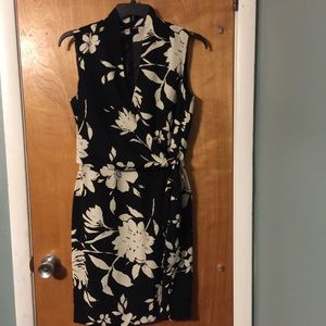 Jones Wear black/cream floral faux wrap dress